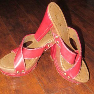 New Franco Sarto red leather mules/ heels size 7.5